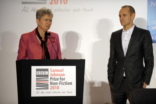 2010 Winner Barbara Demick with chair of judges Evan Davis